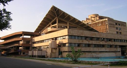 Paycheck Facts: Placements and ROI at the Top 10 Engineering Schools in India
